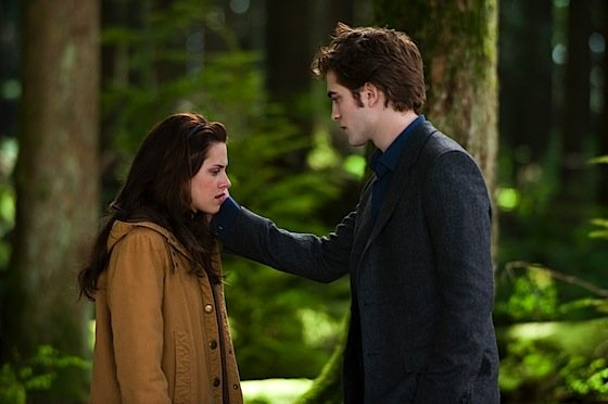 edwardcullenbellaswanforestnewmoon.jpg